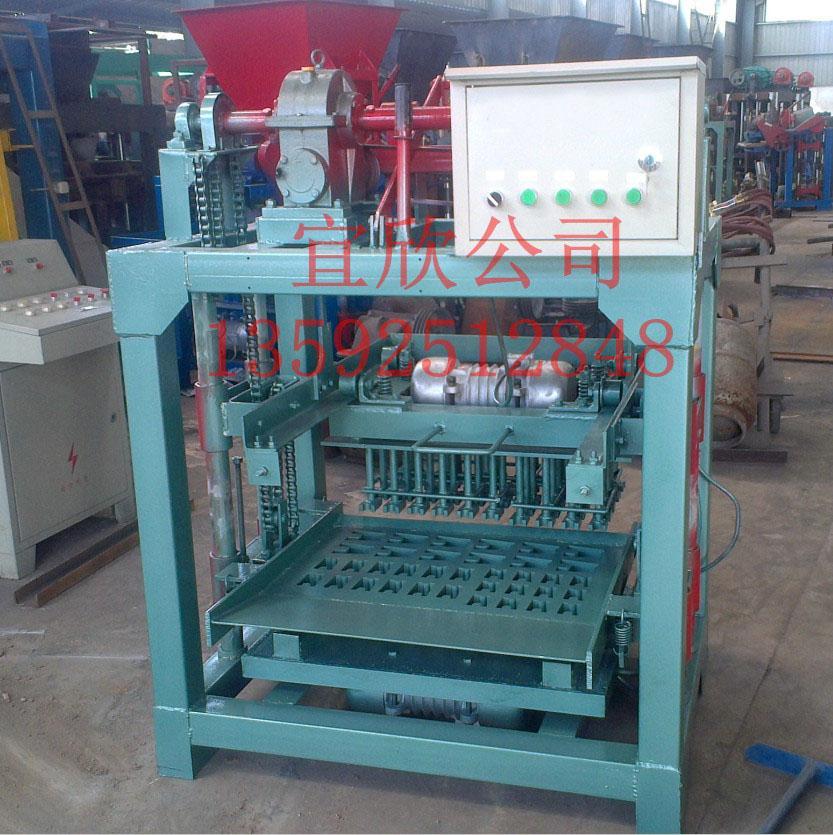 混凝土垫块机生产加水量对垫块的影响