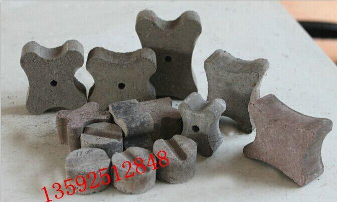 宜欣小型垫块机 小型垫块机设备可以生产的垫块样块