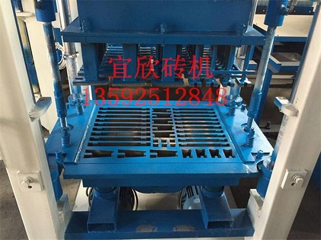 郑州宜欣3-15液压水泥垫块机设备