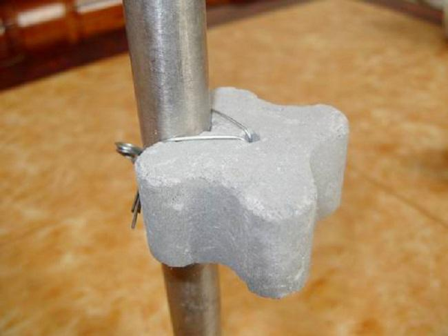 钢筋垫块机,钢筋垫块机设备生产的钢筋垫块使用示范